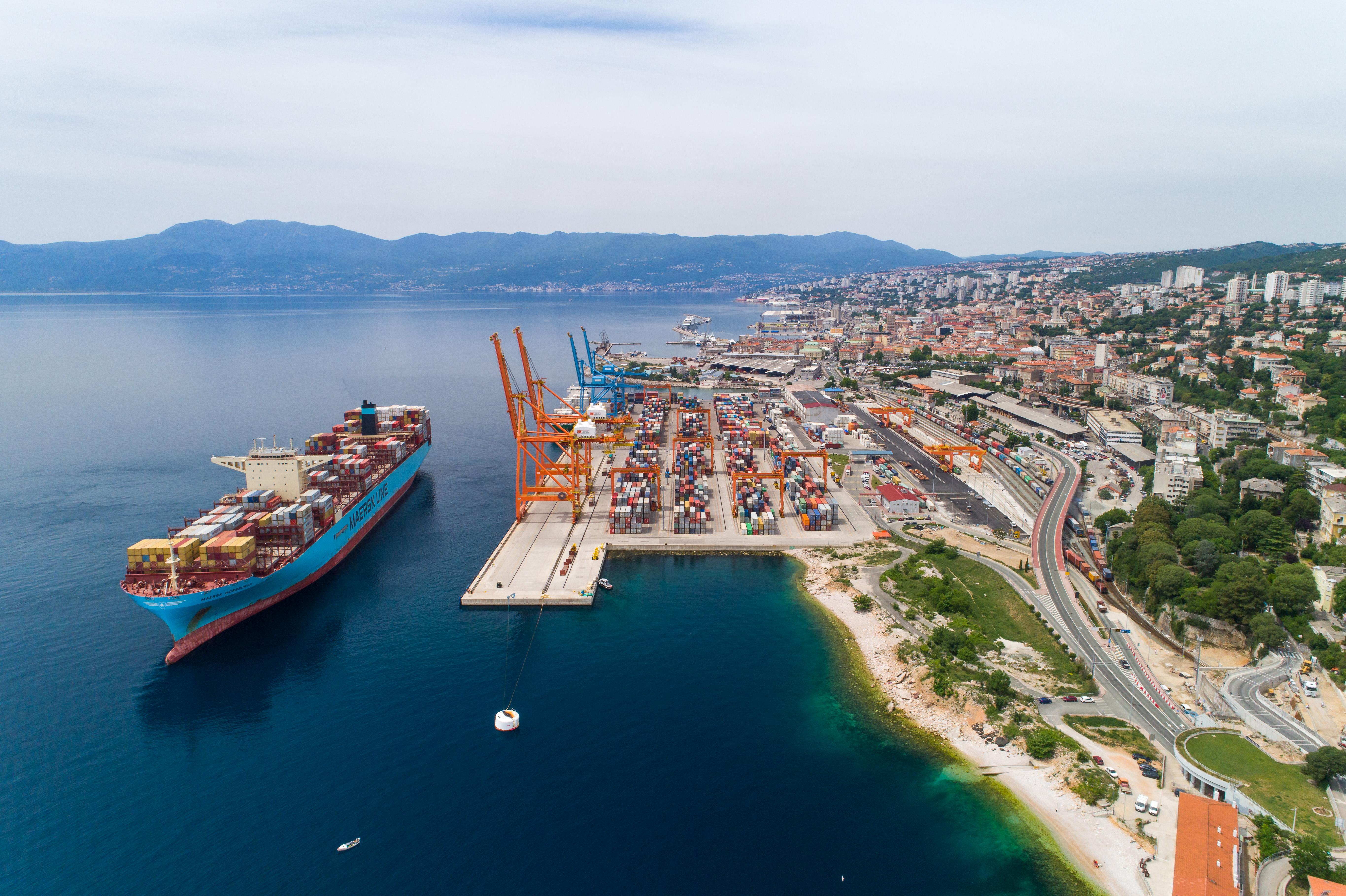 Razvoj multimodalne platforme u luci Rijeka i povezivanje s kontejnerskim terminalom Jadranska vrata (POR2CORE-AGCT)